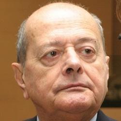 ANDRÉ MIQUEL